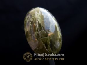 Batu Mustika Buaya Hijau Penunduk Sukma